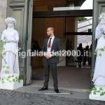 coppia Statue Viventi Ancelle per Accoglienza Sposi