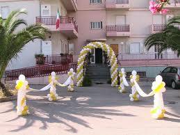 Idee per matrimoni e ricevimenti artisti di strada i - Addobbo tavolo casa sposa ...