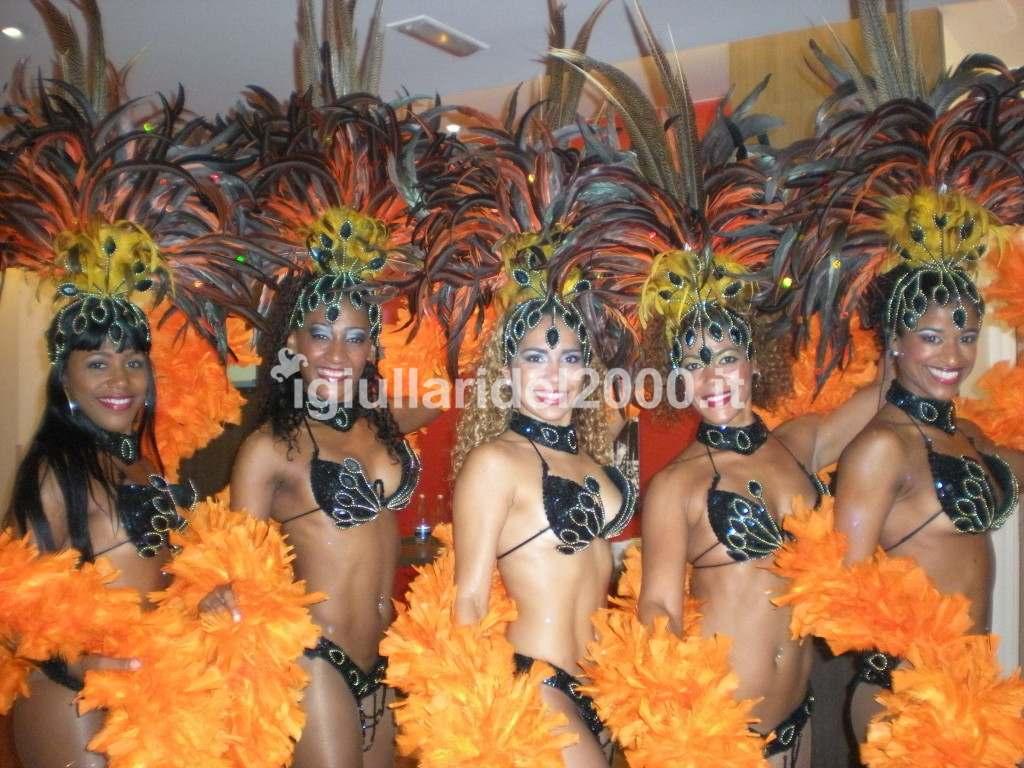Spettacolo Folcloristico Brasiliano per Festa di Piazza by i Giullari del 2000