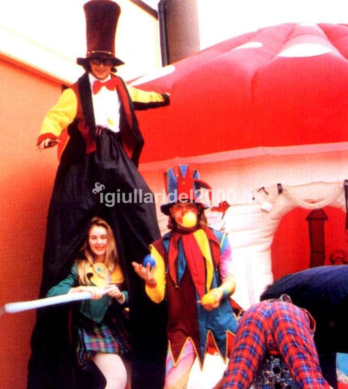 """Equipe Artisti di Strada """"Fantasy Show"""" by I Giullari del 2000"""