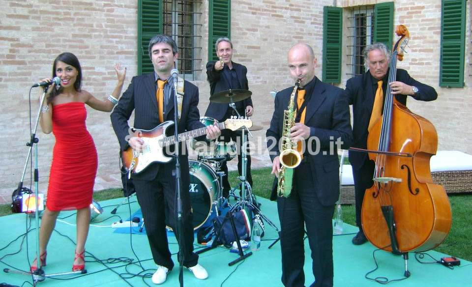 Animazione Musicale per Party e Feste Adulti by I Giullari del 2000