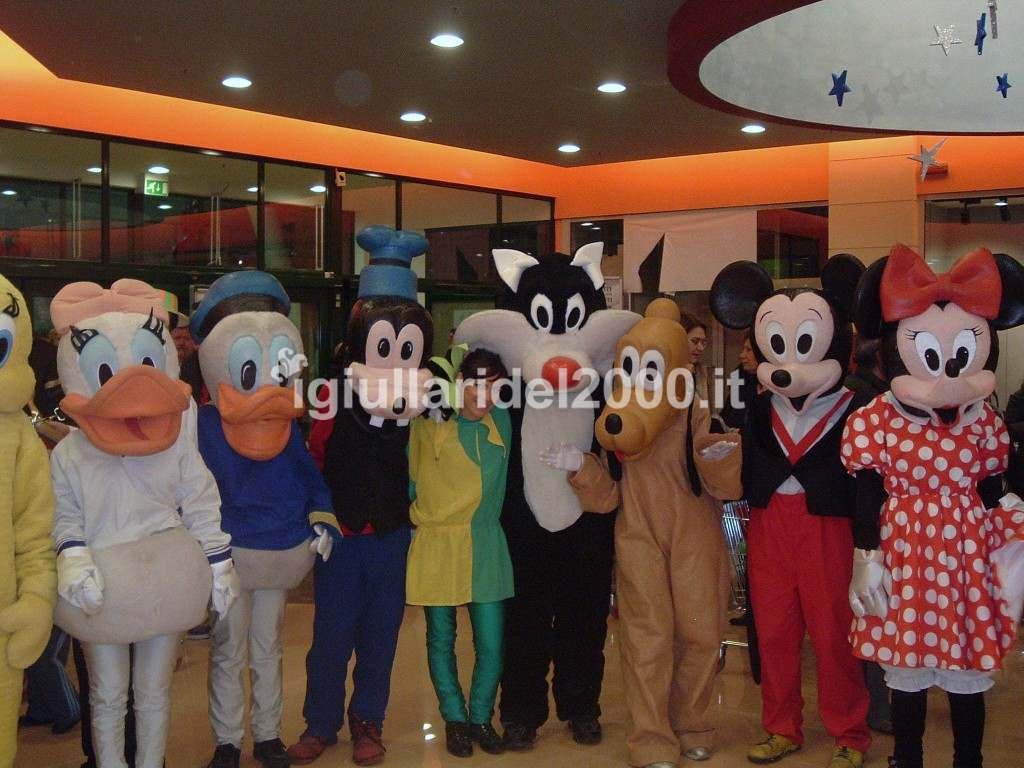 "Attrazione ""Cartoon's Show"" per Centri Commerciali by I Giullari del 2000"
