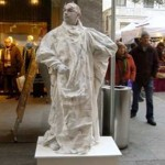 Statua-Vivente-3-I-Giullari-a-Lugano