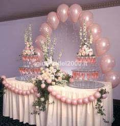 Addobbi con palloncini per matrimonio artisti di strada i giullari del 2000 - Addobbi tavoli per 18 anni ...