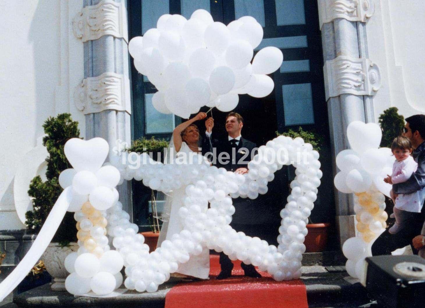 Addobbi con palloncini artisti di strada i giullari del 2000 - Decorazioni matrimonio palloncini ...
